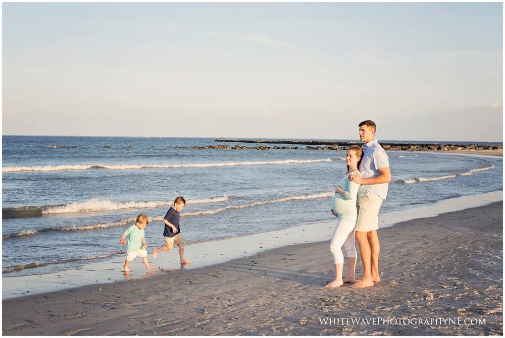 New Hampshire Maternity Photography | Hampton Beach State Park Maternity Session
