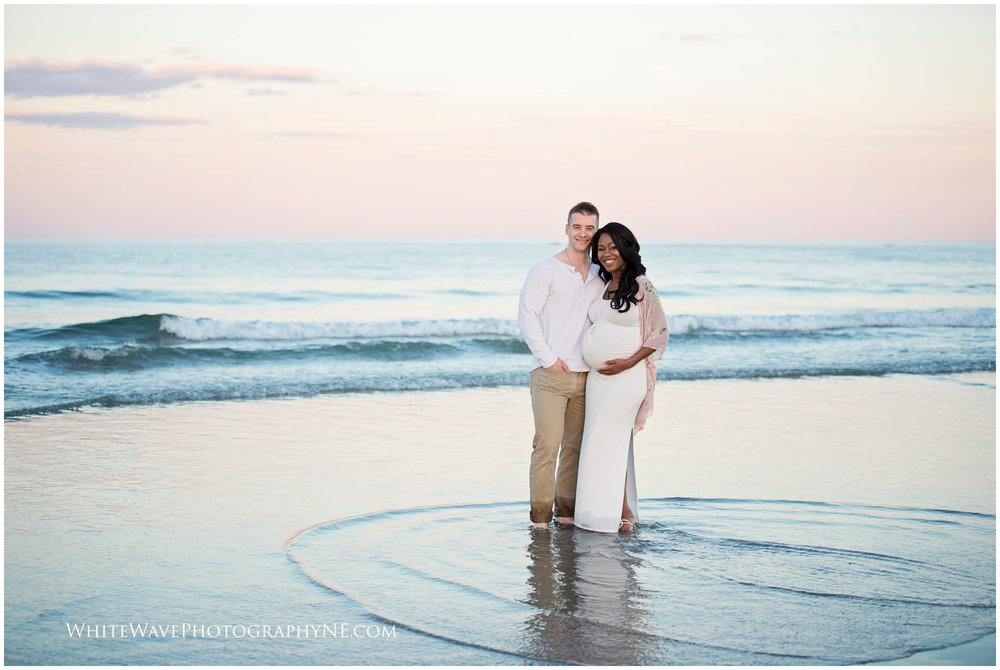 Maternity-Photography-NH, Birth-Photographer, Beach-Maternity-Photography-Session, White-Wave-Photography