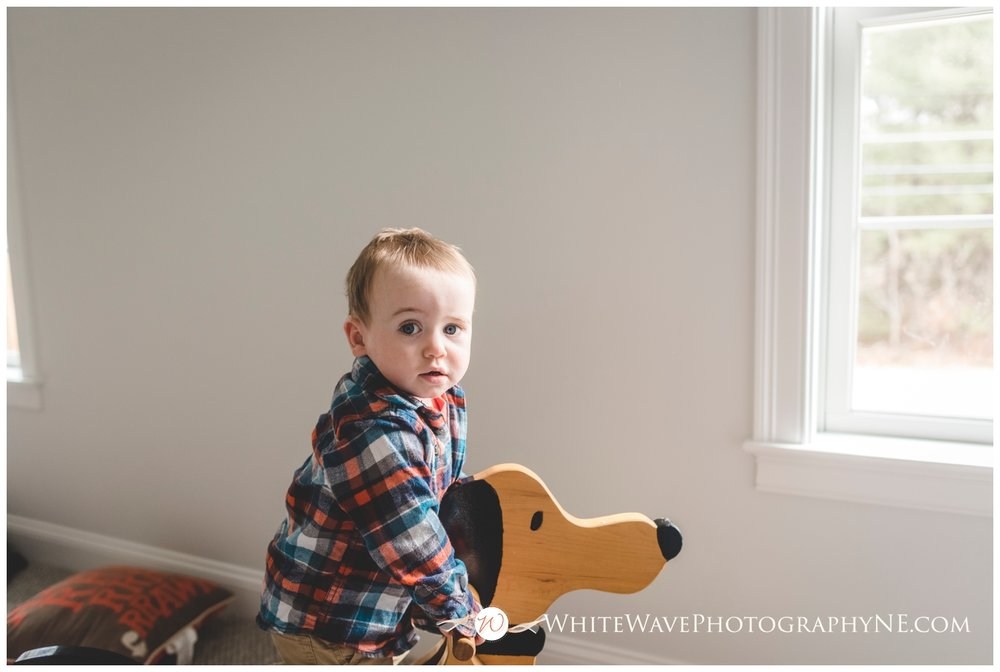 Family-Photographer-NH, Lifestyle-In-Home-Family-Photography, White-Wave-Photography