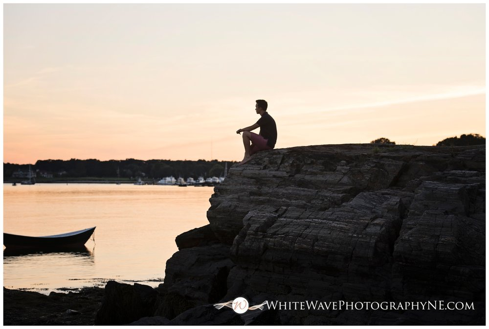 Dover-High-Schoole-Senior-Photographer, Senior-Portraits-NH, White-Wave-Photography