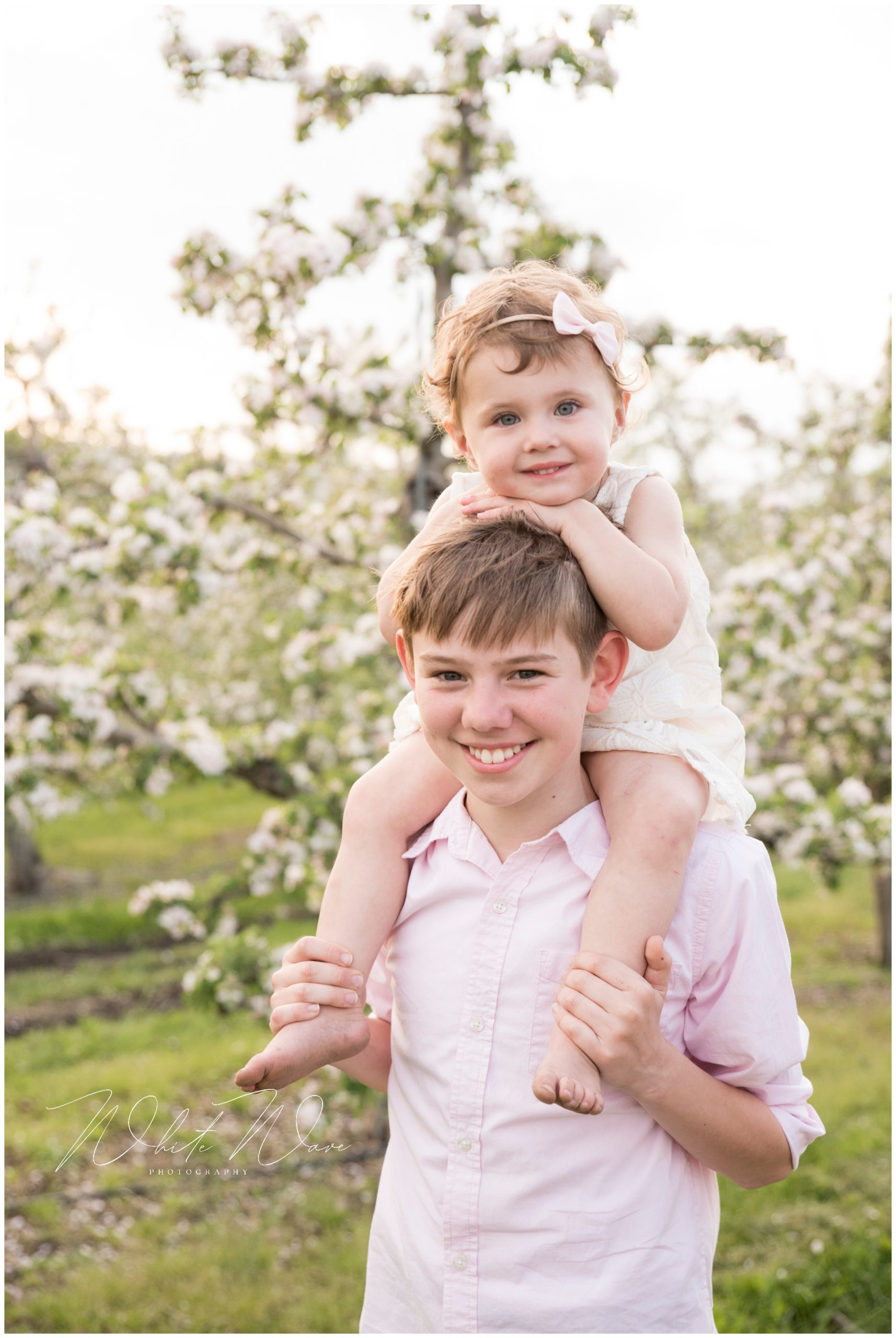 creating the perfect look for your spring family portrait session