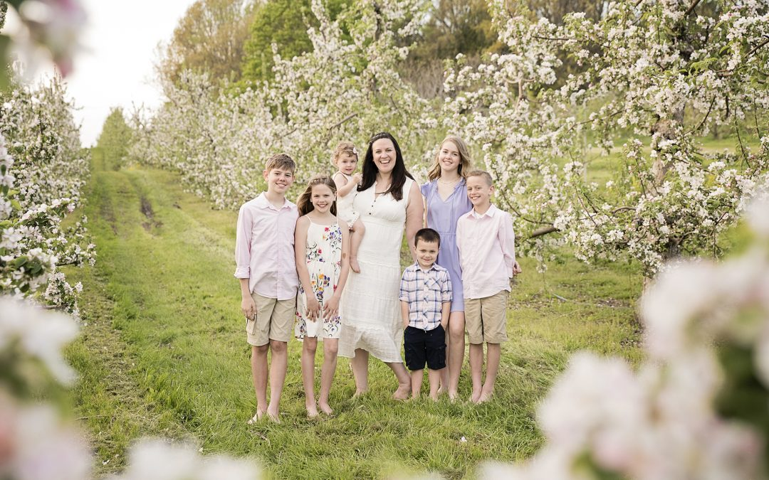 What to Wear for Your Spring Family Photography Session
