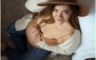 Kayla's at Home Maternity Session | NH Maternity Photographer